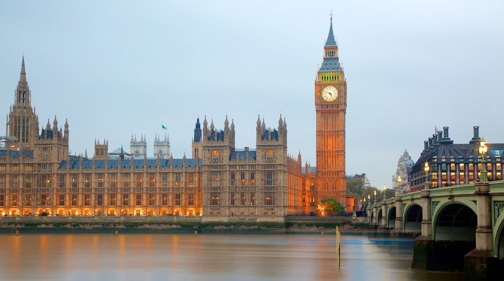 Houses of Parliament featuring a monument, an administrative building and heritage architecture