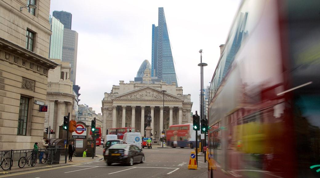 Royal Exchange caracterizando um edifício administrativo, uma cidade e cenas de rua