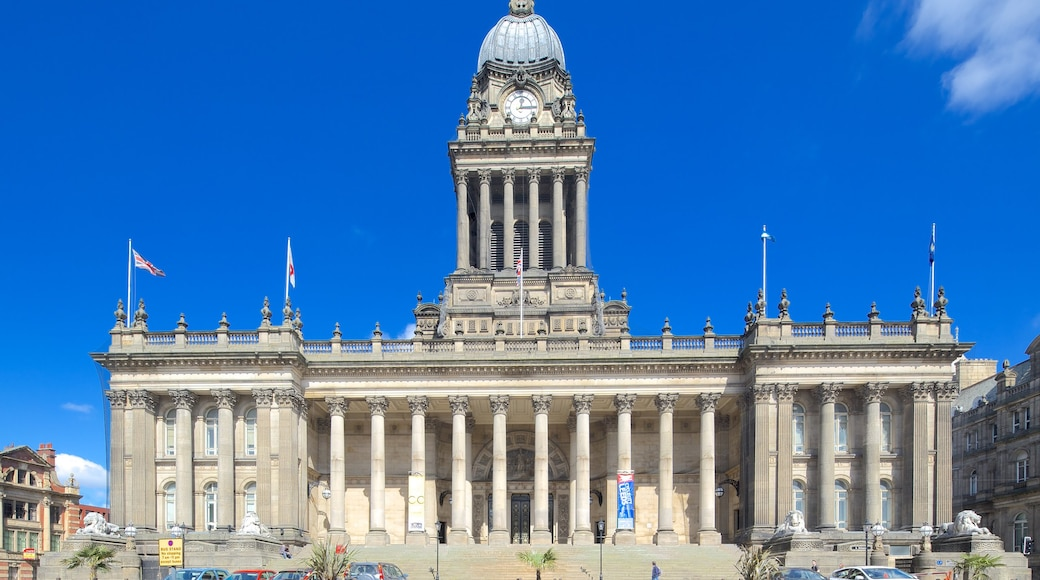 Leeds Town Hall showing heritage architecture and an administrative building