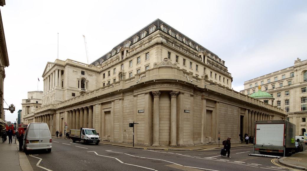 英國銀行博物館 呈现出 歷史建築 和 街道景色