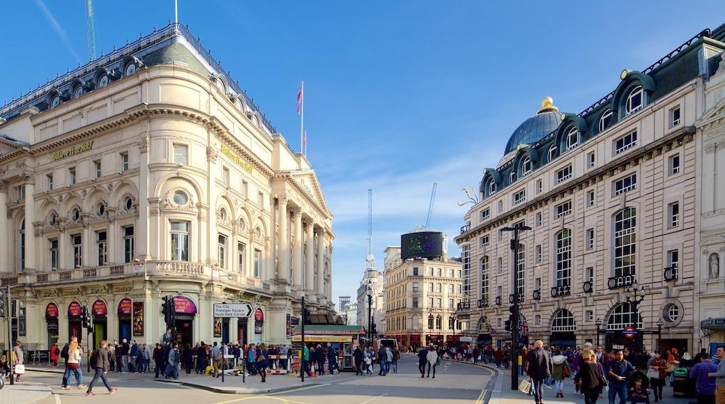London presenterar en stad, gatuliv och historiska element
