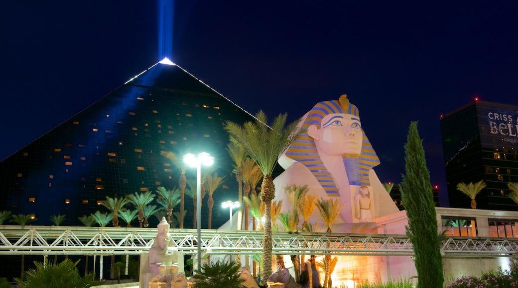 Las Vegas featuring a casino and night scenes