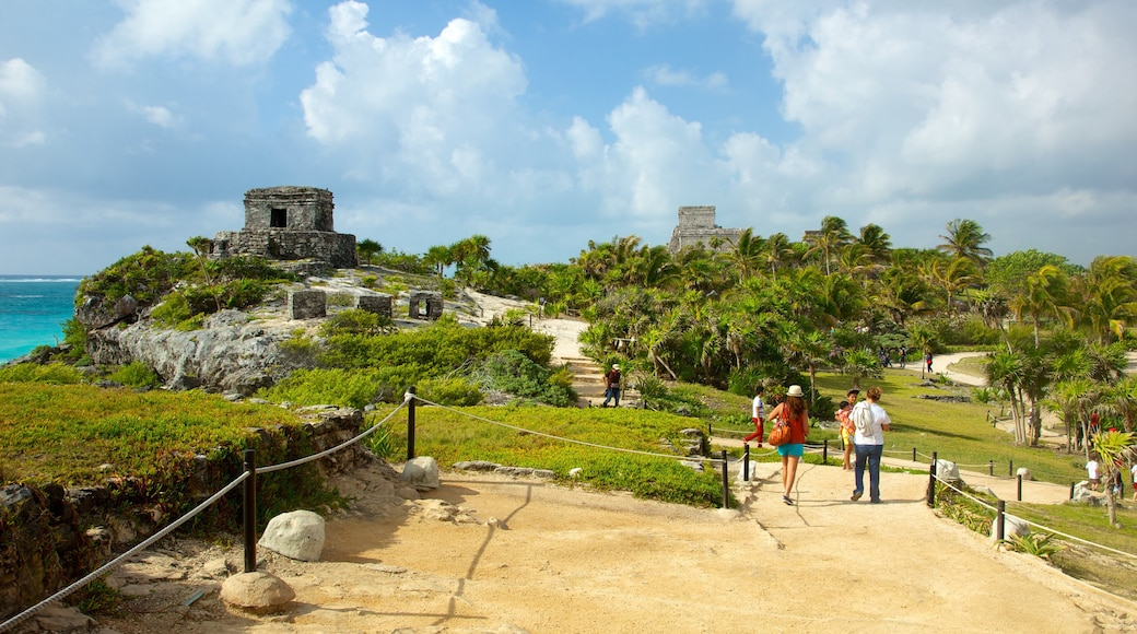 Tulum which includes landscape views, tropical scenes and heritage elements