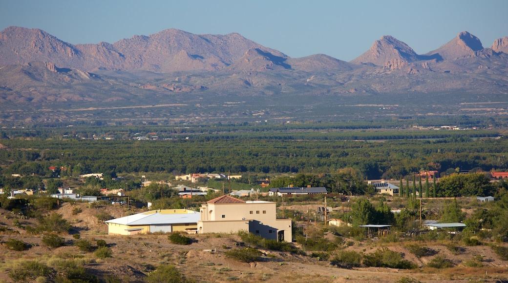 Las Cruces mostrando tierras de cultivo, vistas de paisajes y montañas