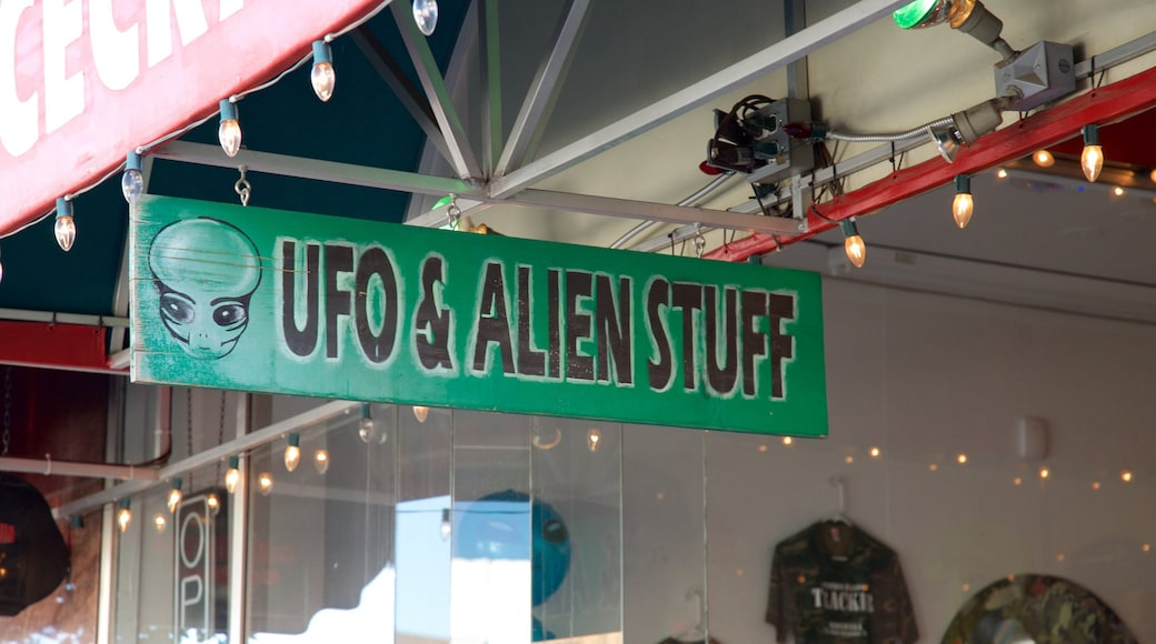 Roswell showing signage