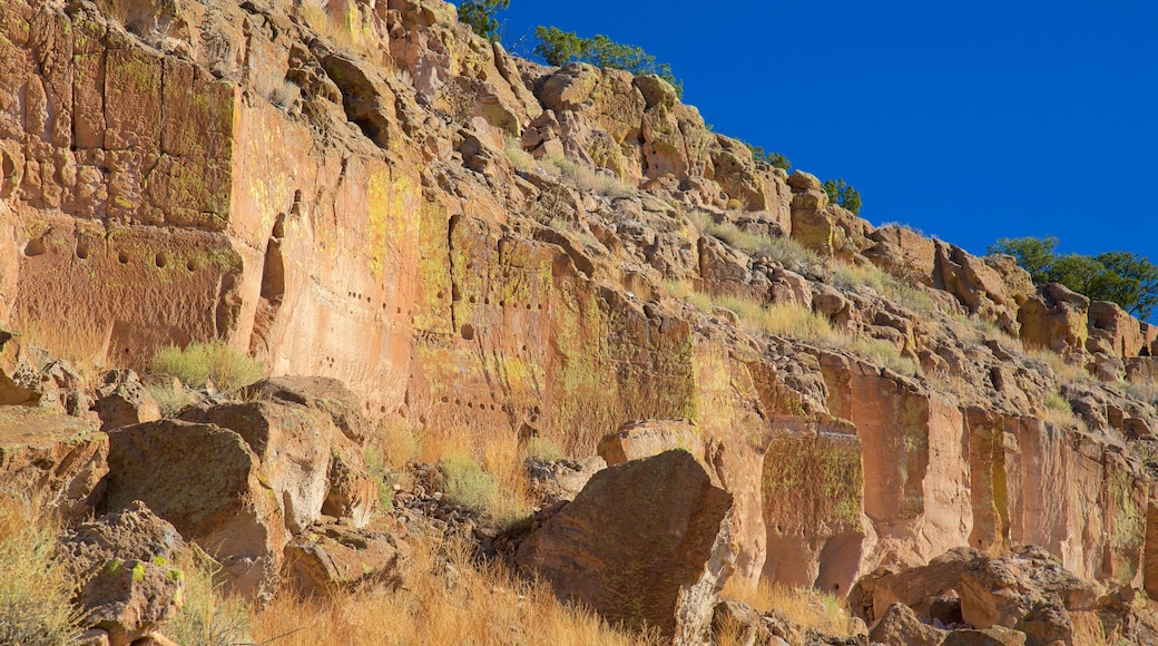 Puye Cliff Dwellings featuring tranquil scenes