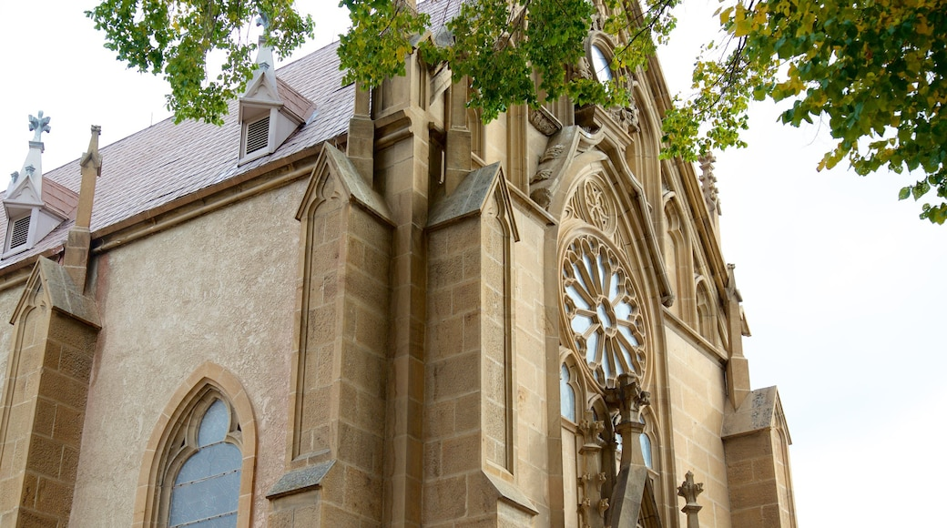 Loretto Chapel featuring a church or cathedral