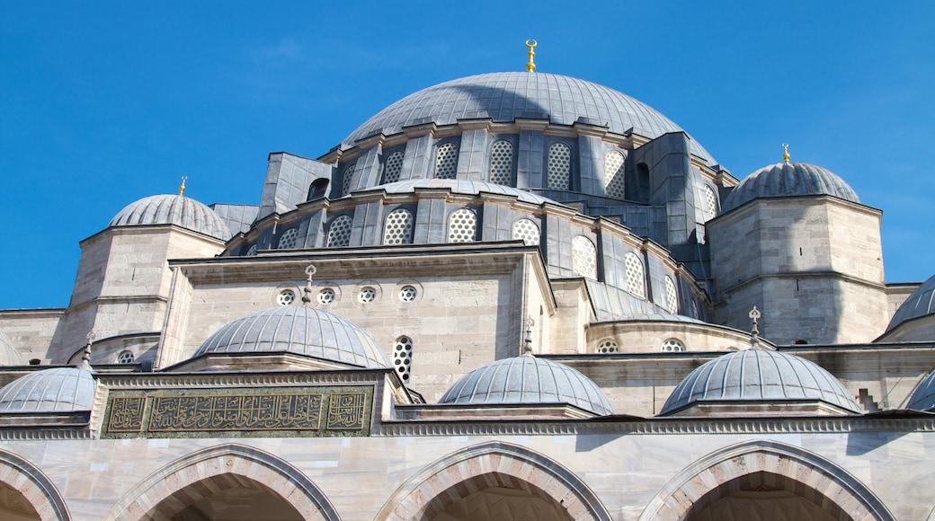 Mesquita Suleymaniye que inclui arquitetura de patrimônio e uma mesquita