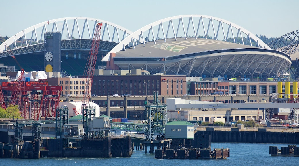 Seattle Waterfront which includes a city and a bay or harbor