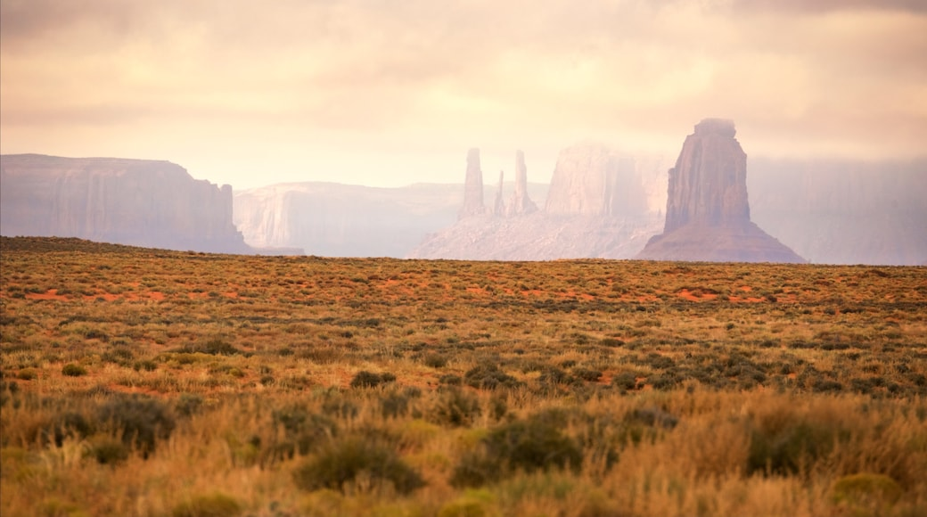 Monument Valley showing landscape views, a sunset and tranquil scenes