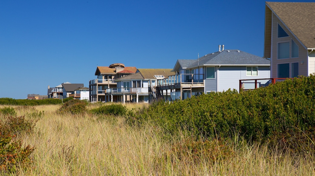 Ocean Shores Beach featuring a coastal town