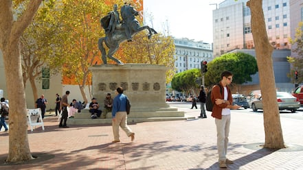Civic Center showing a monument, street scenes and a city