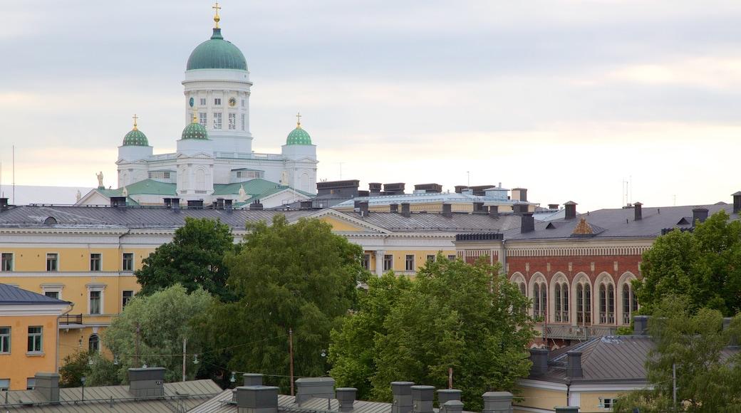 Katajanokka featuring kirkko tai katedraali