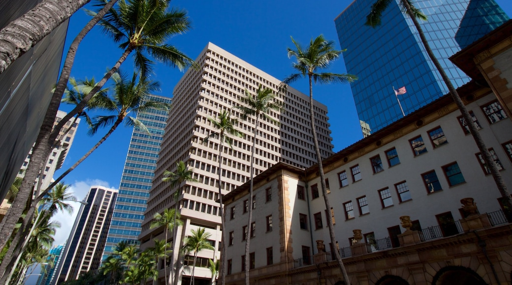 Oahu Island featuring a city