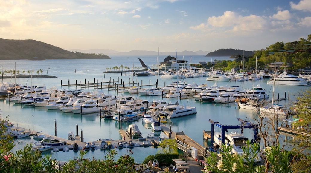 Hamilton Island Marina featuring a bay or harbour, boating and landscape views