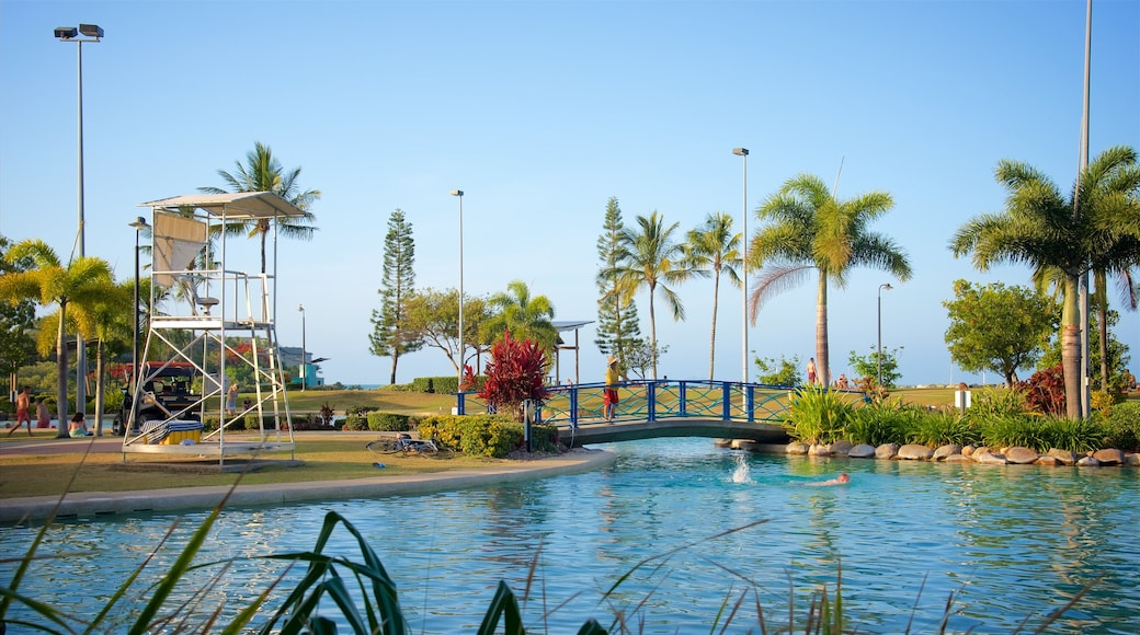 Airlie Beach Lagoon which includes swimming and a pool