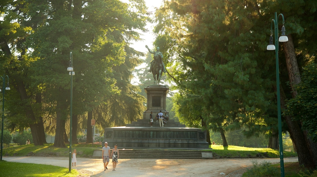 Sempione Park which includes a statue or sculpture, a garden and a monument