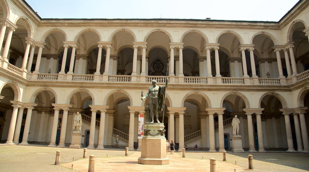 Pinacoteca di Brera mostrando una estatua o escultura y arquitectura patrimonial