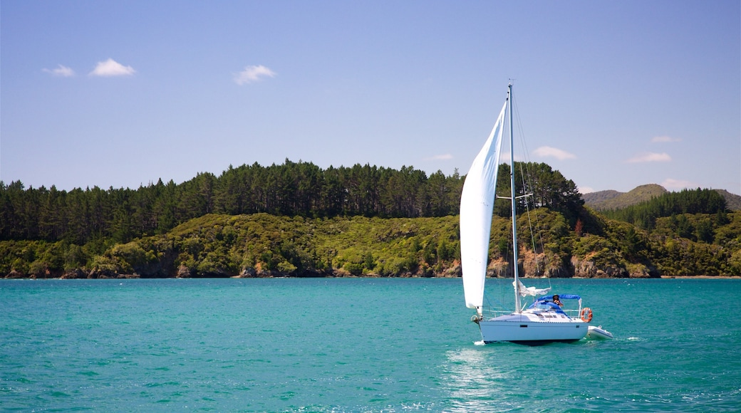 Russell featuring sailing and a bay or harbour