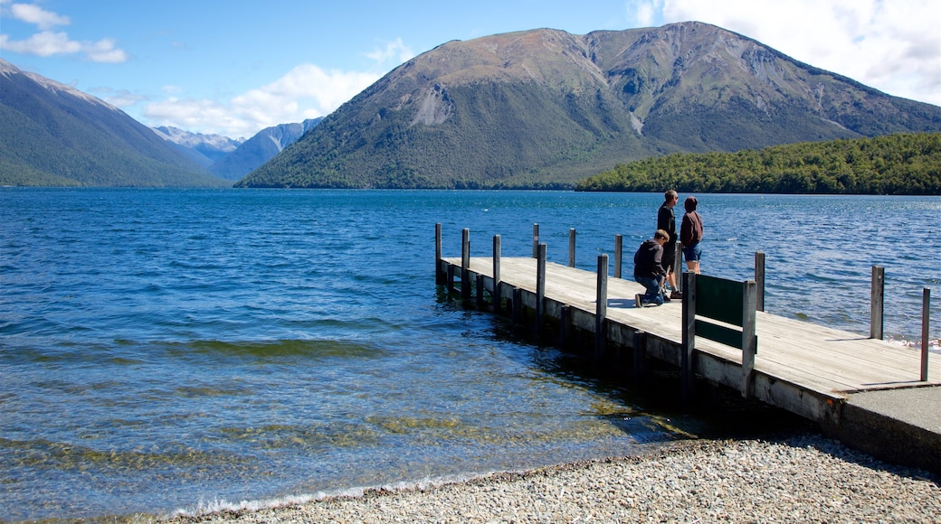 Nelson Lakes National Park which includes a bay or harbour, a pebble beach and mountains