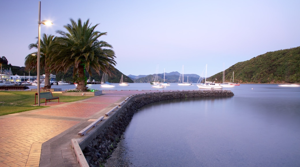 Picton which includes boating, a bay or harbour and mountains