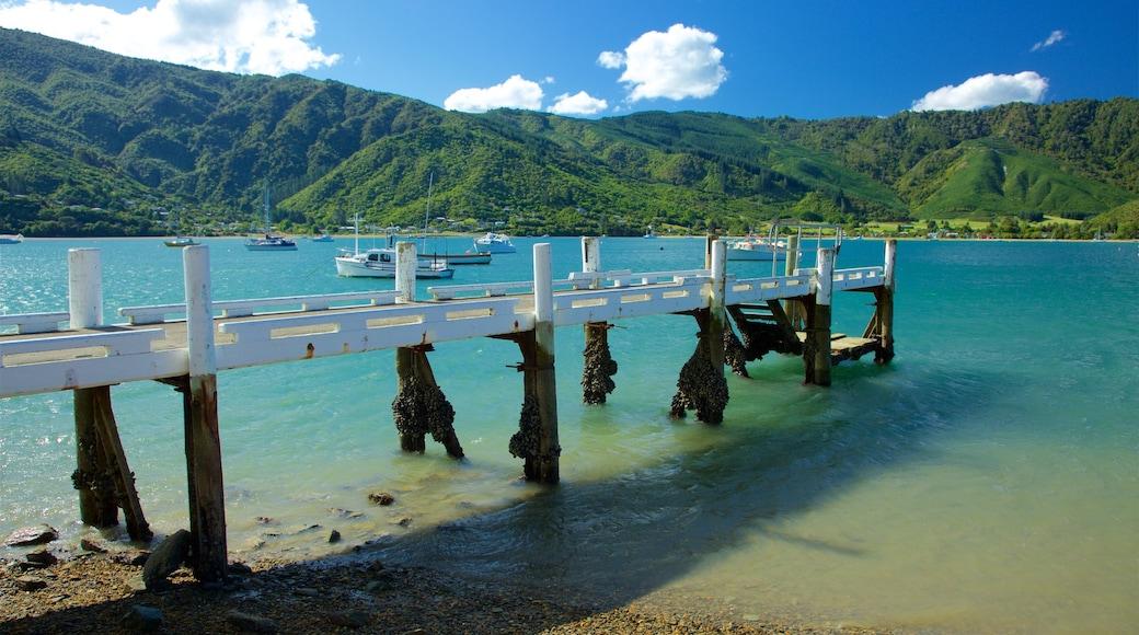 Okiwa Bay