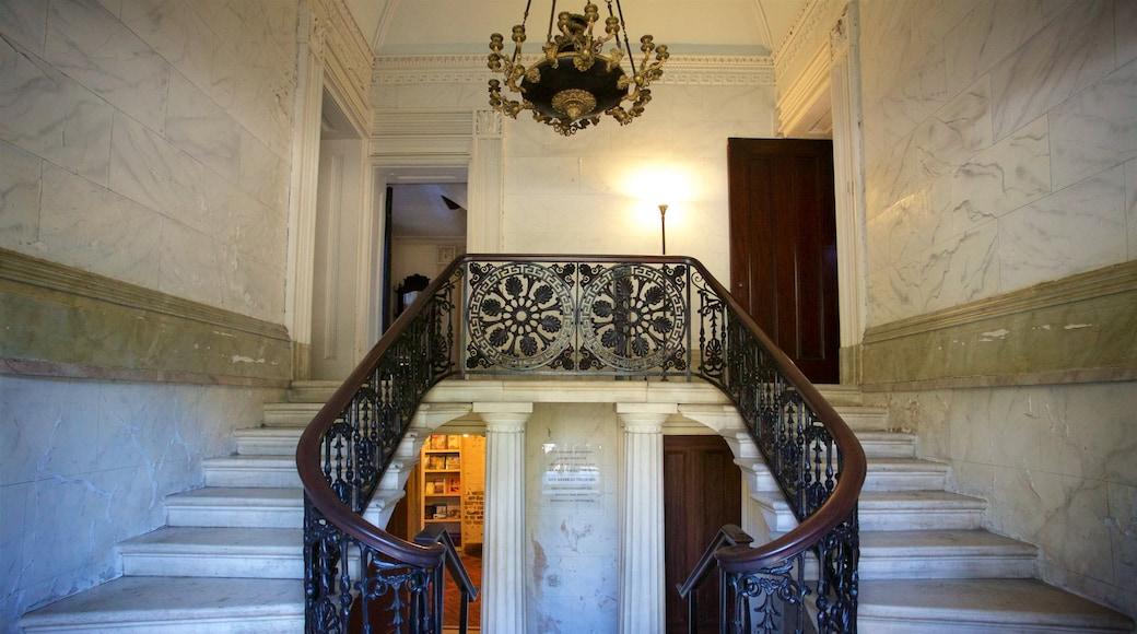Aiken-Rhett House caracterizando elementos de patrimônio e vistas internas
