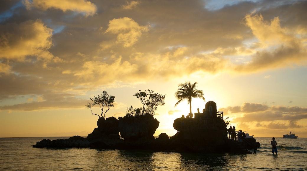 윌리스 락 을 특징 일몰, 아열대 풍경 과 섬 이미지
