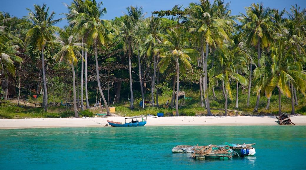 富國島 呈现出 綜覽海岸風景, 海灘 和 熱帶風景