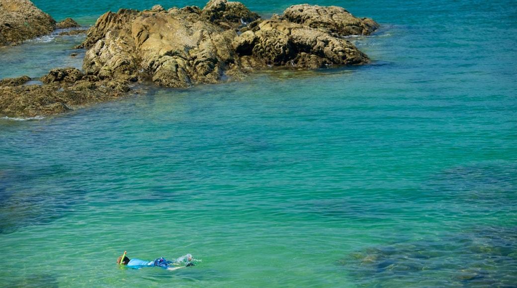 Patong che include vista della costa, snorkeling e costa rocciosa