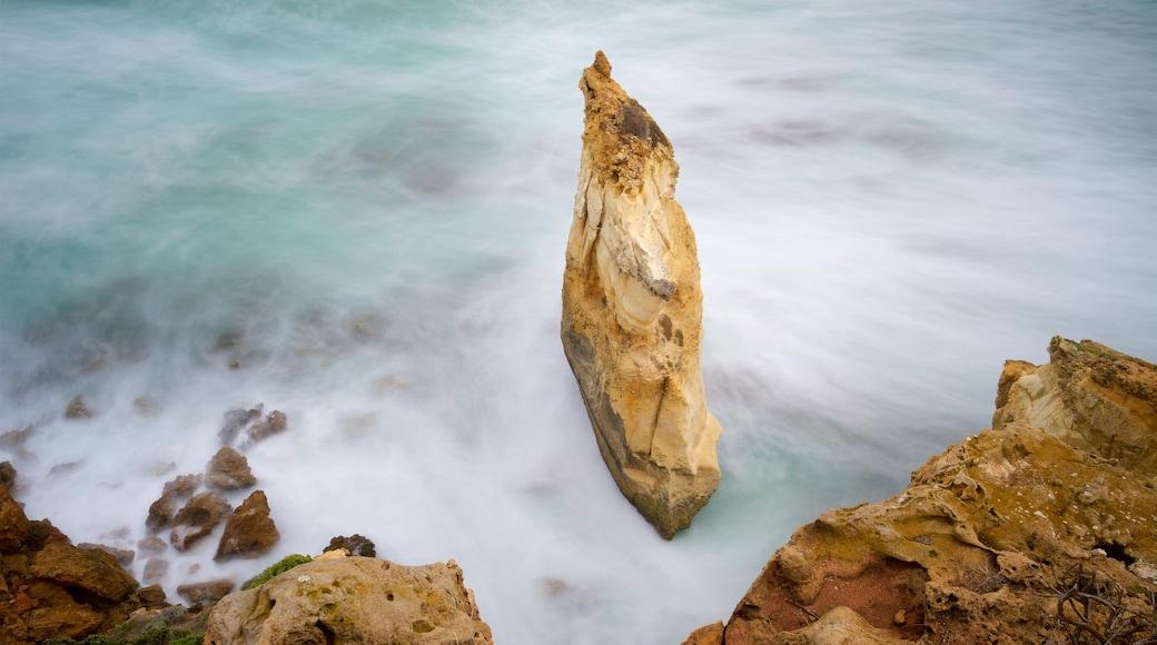 Warrnambool featuring rocky coastline