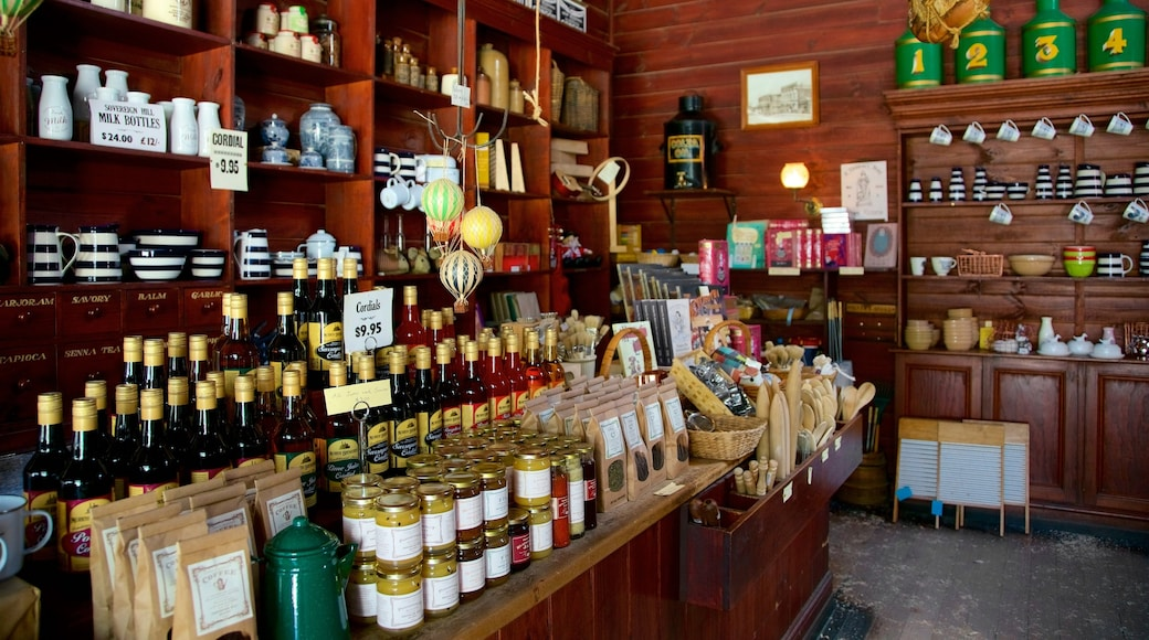 Sovereign Hill which includes shopping and interior views
