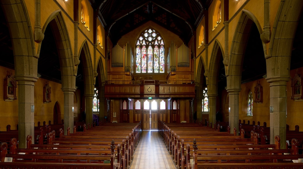Ballarat showing interior views, heritage architecture and a church or cathedral