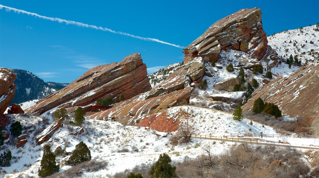 Red Rocks Amphitheater which includes mountains