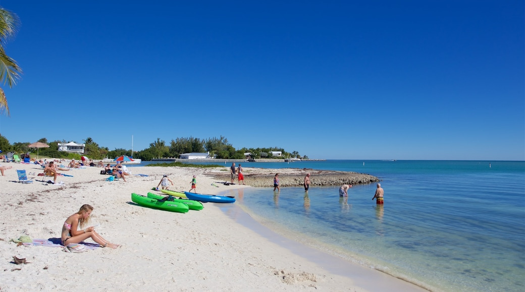 Sombrero Beach which includes kayaking or canoeing, a bay or harbor and a sandy beach