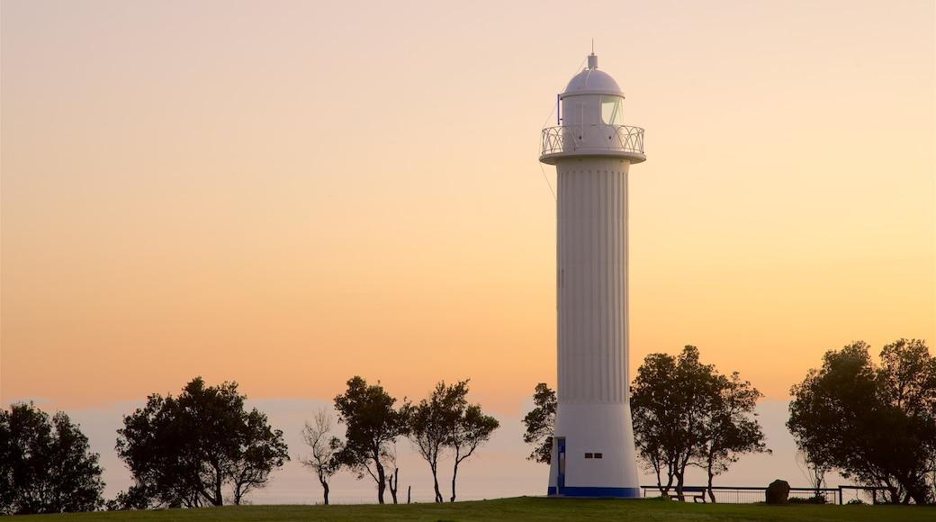 Yamba featuring a lighthouse