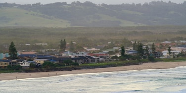 Lennox Head which includes a coastal town