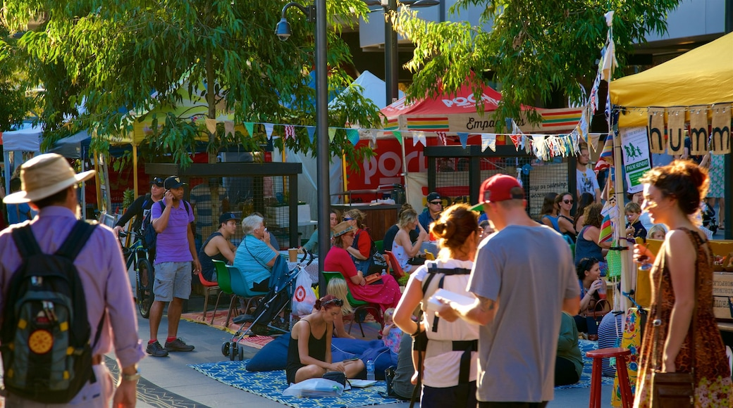 Wollongong showing markets as well as a large group of people