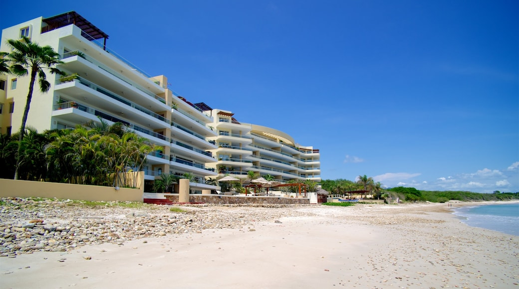 Mexico which includes a coastal town, a bay or harbour and a beach