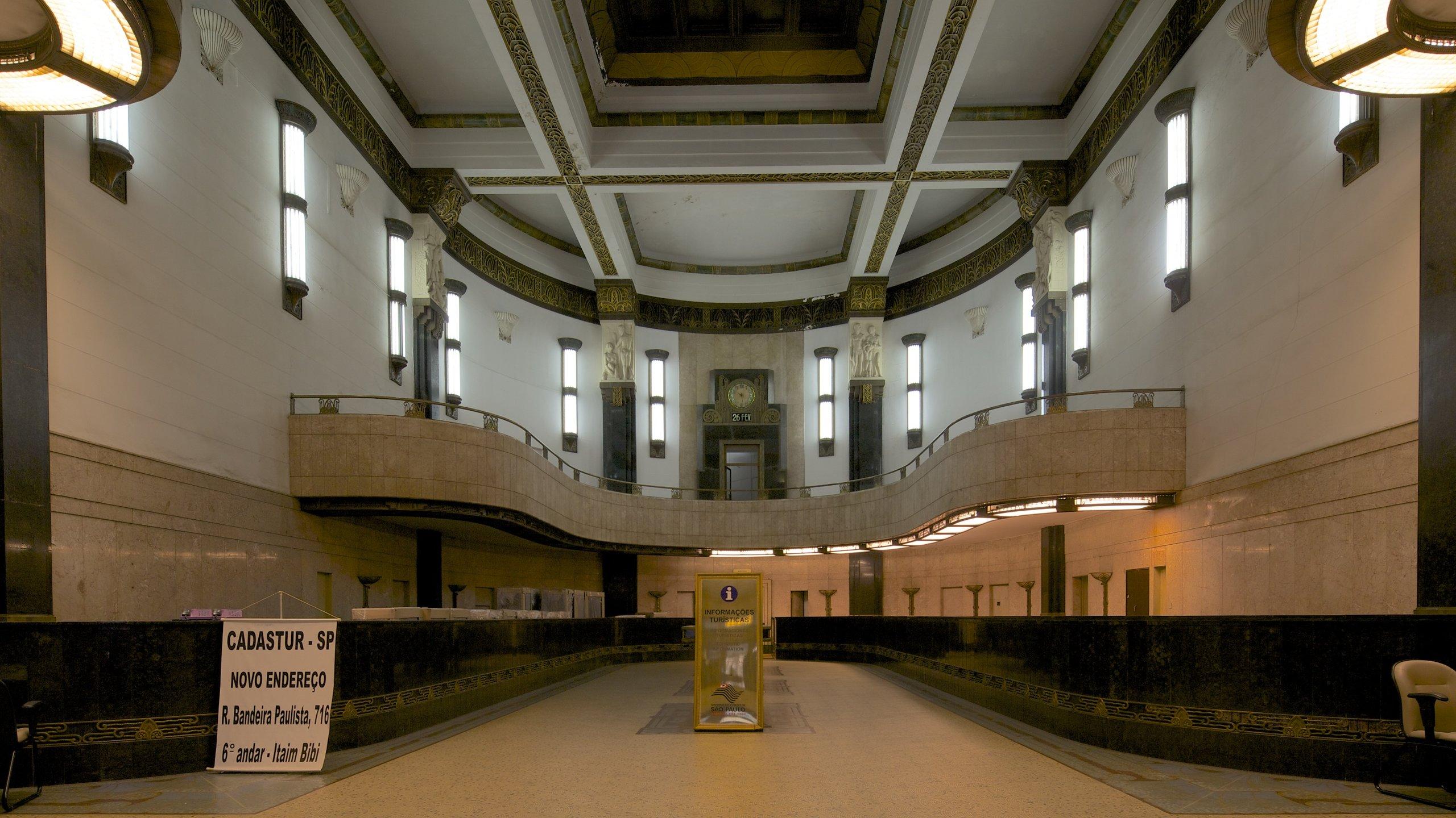 São Paulo caracterizando vistas internas e sinalização