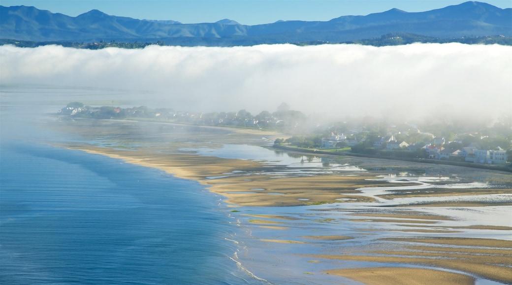 Knysna presenterar dimma, kustutsikter och en strand
