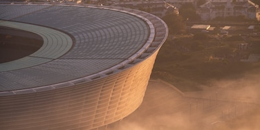 Cape Town Stadium caratteristiche di tramonto e città