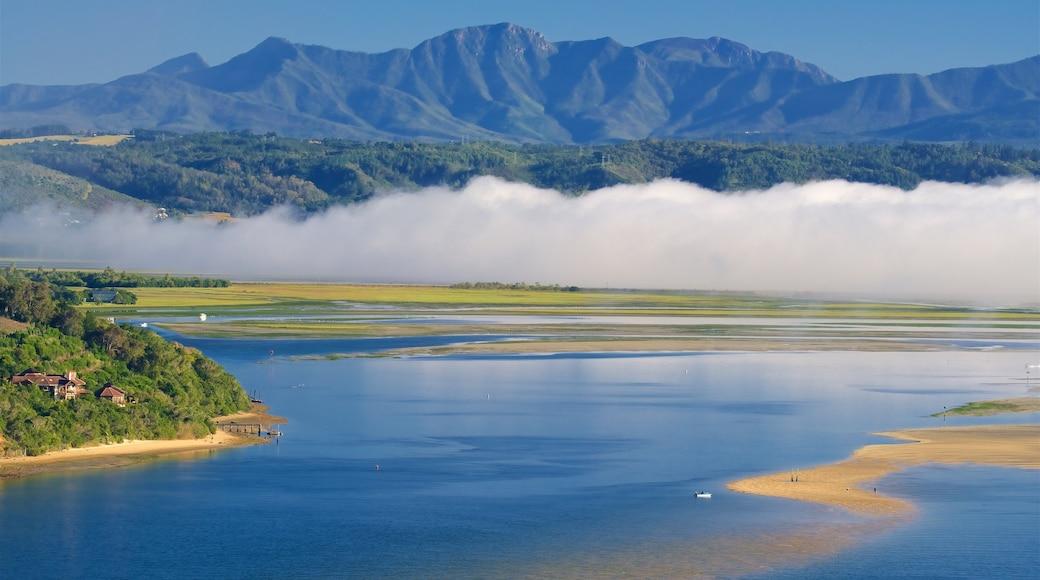 Knysna presenterar landskap, kustutsikter och berg