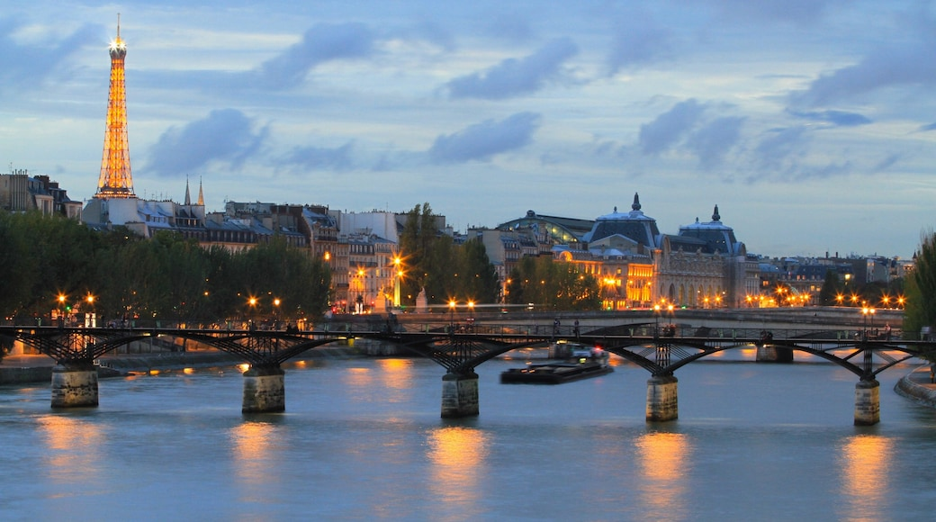 Paris featuring a city, heritage architecture and a river or creek