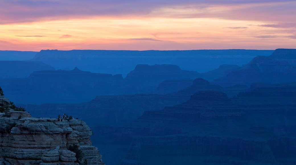 Grand Canyon showing a sunset, a gorge or canyon and landscape views