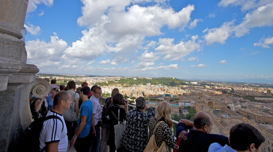 St. Peters basilika fasiliteter samt utsikt, religiøse elementer og by