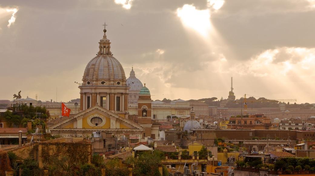 Spaanse Trappen toont een kerk of kathedraal, historische architectuur en een stad