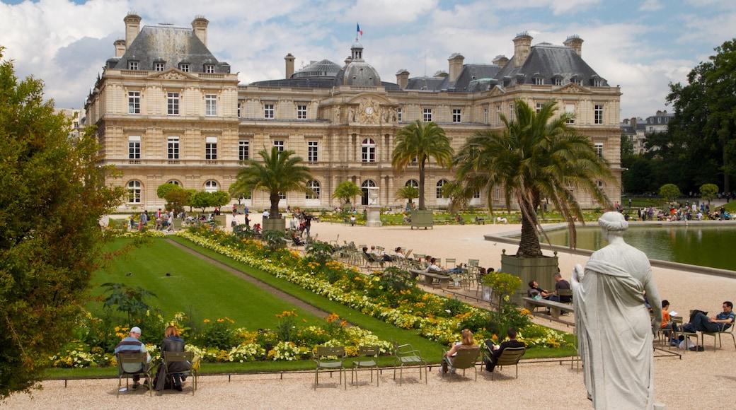 Paris qui includes patrimoine architectural, château ou palais et panoramas