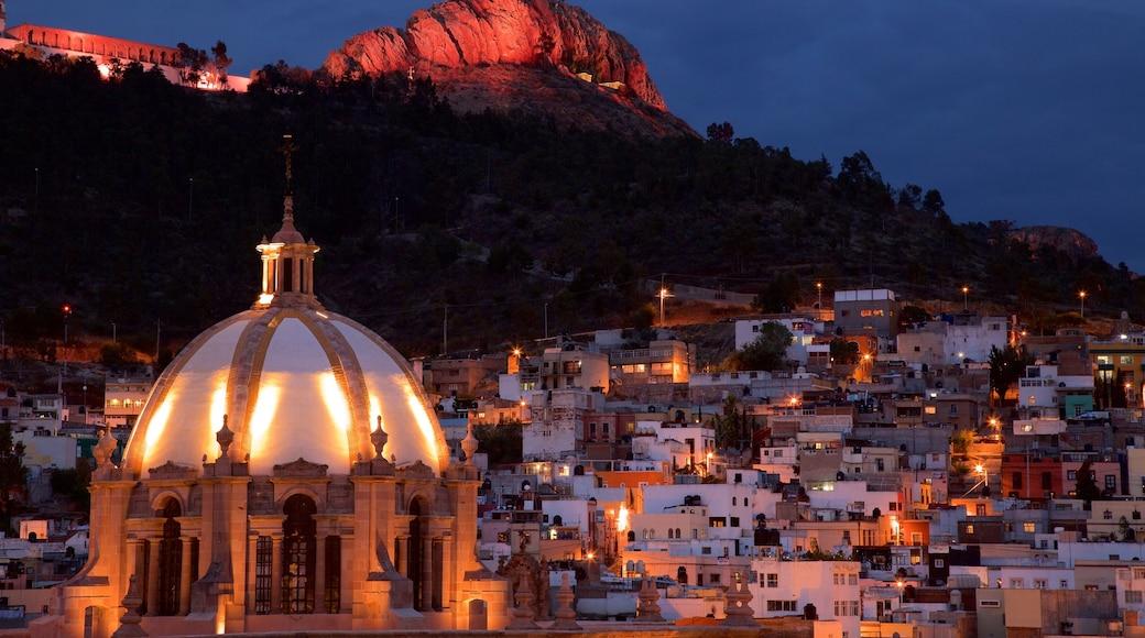 Zacatecas que incluye vistas de paisajes, patrimonio de arquitectura y una ciudad