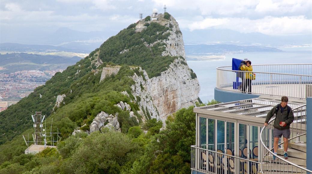 Gibraltarin kallio featuring yleiset rantanäkymät, vuoret ja näkymät